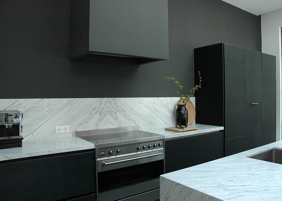 Black and White Workplan Carrara white marble
