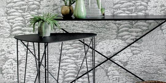 Creation Ateliers SANSONE Console en métal finition noir mat.