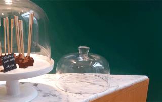 Pablo et Valentina cloche en verre marbre blanc de Carrare