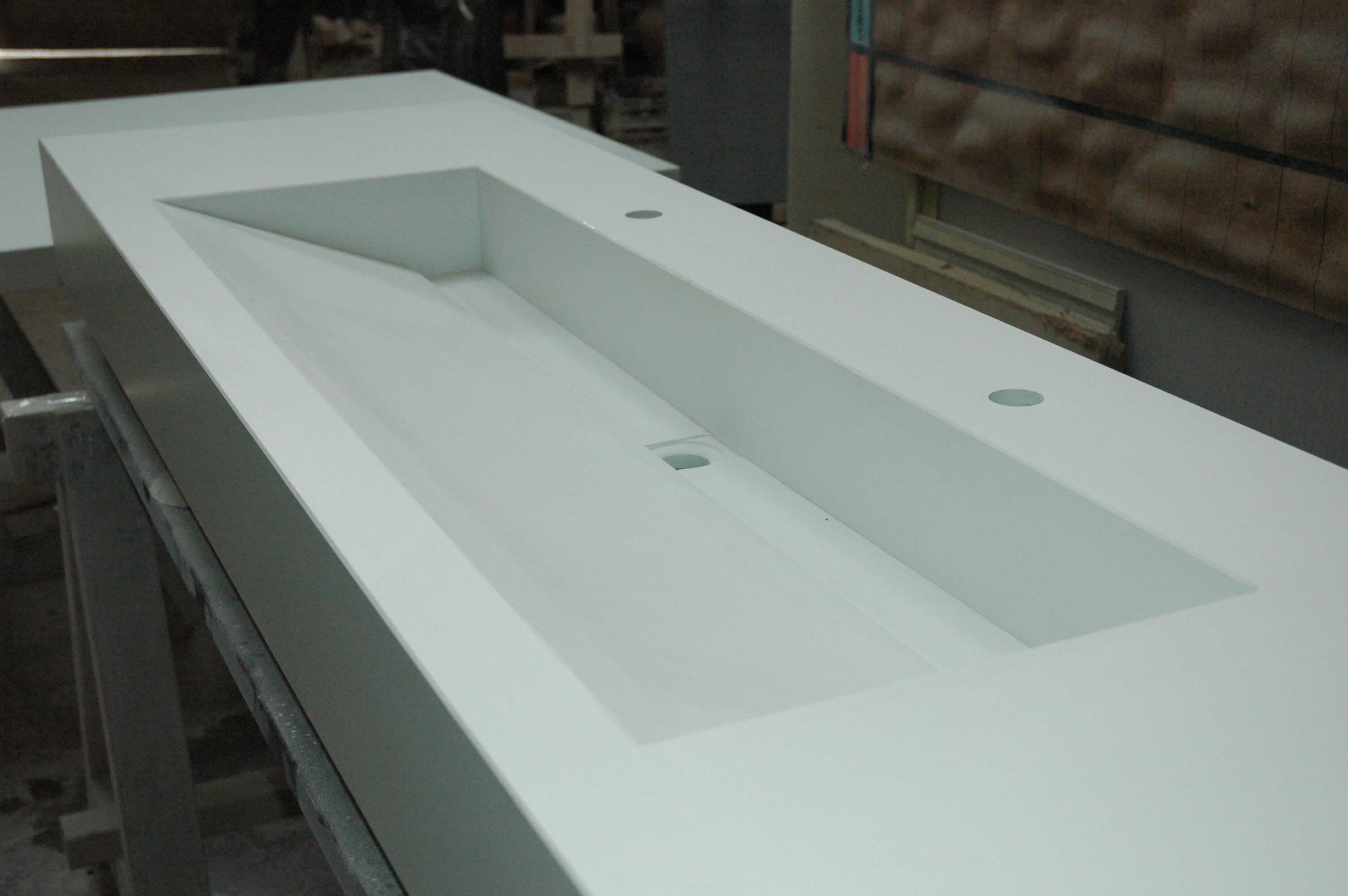 Custom washbasin at the Ateliers Sansone