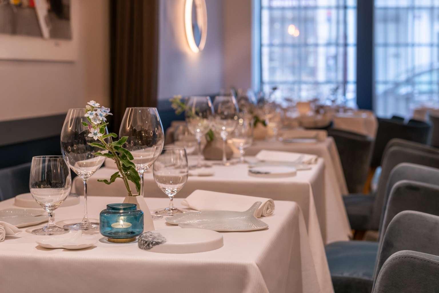 l'Axel Restaurant Dining Room